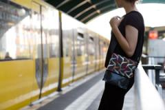 Tasche »Forscherin« am U-Bahnhof Eberswalder Str.