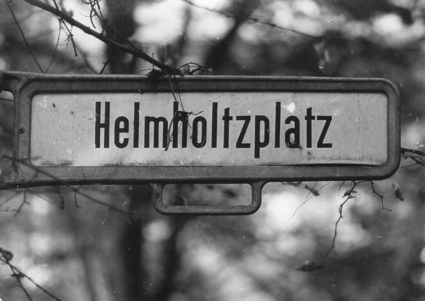 Helmholtzplatz © Günther Jordan